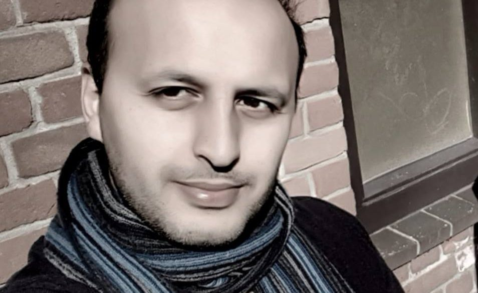 Arash Faizi – Host
